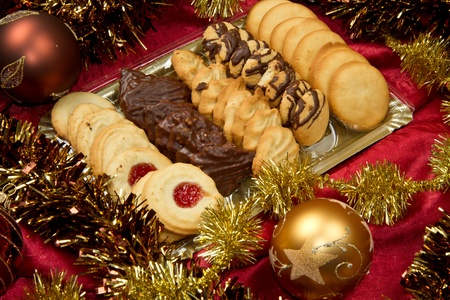 cookie on white: Christmas spice-cakes with chocolate