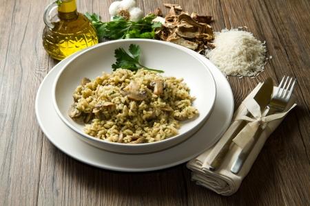 porcini: rice with porcini mushrooms