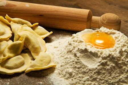 makarony: ravioli domowej roboty makarony typowe włoskie Zdjęcie Seryjne