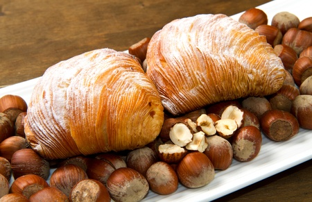 puff pastry: puff pastry with hazelnuts