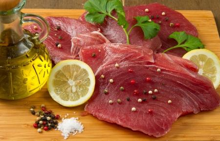 steak cru: Filet de thon frais