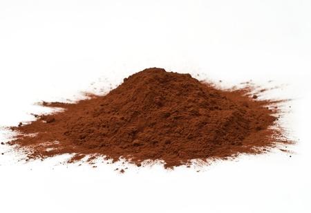 in ground: cacao in polvere isolato