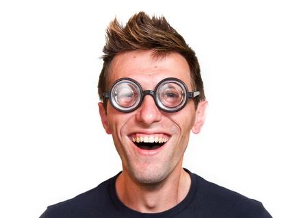 friki: Divertido nerd, aislado sobre fondo blanco Foto de archivo