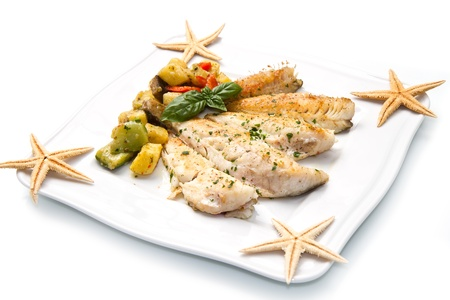 Tasty healthy fish fillet with vegetables Stock Photo - 14788518