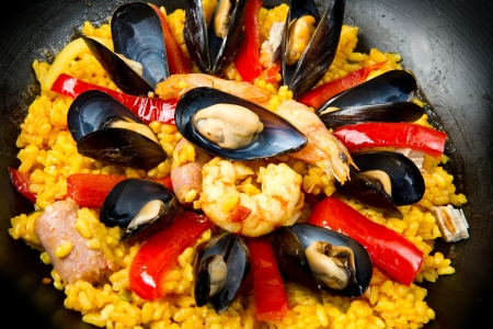 Seafood Spanish Paella, traditional recipe Stock Photo - 14854731