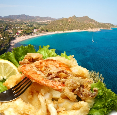 paisaje mediterraneo: mezcla de pescado frito