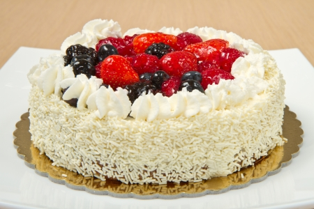 White Cream Icing Cake with fresh berry Stock Photo - 16278030