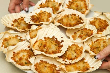 au: dish with scallops au gratin Stock Photo