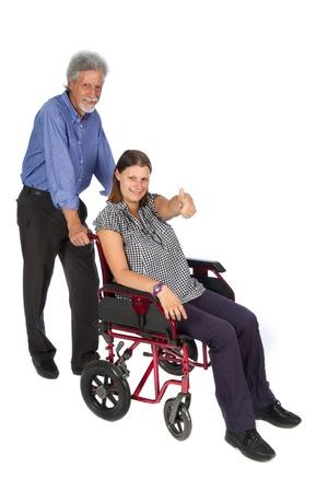 paraplegico: Sonriendo paciente en una silla de ruedas
