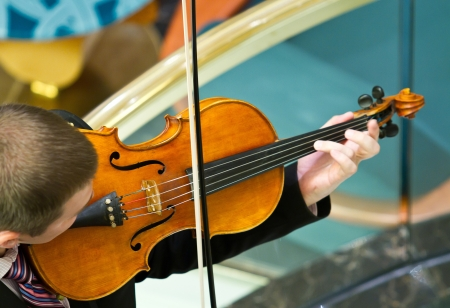 violinist in cruise ship photo