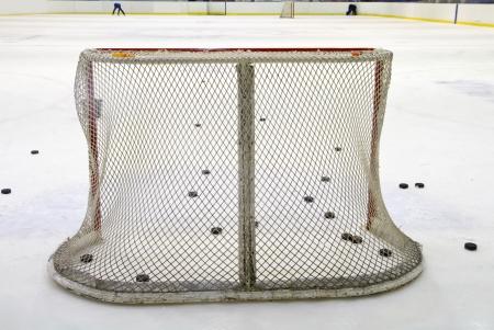 heed: ice hockey net