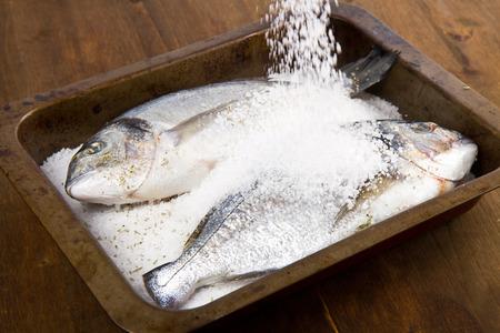 gilt head: Gilt head sea bream baked in sea salt