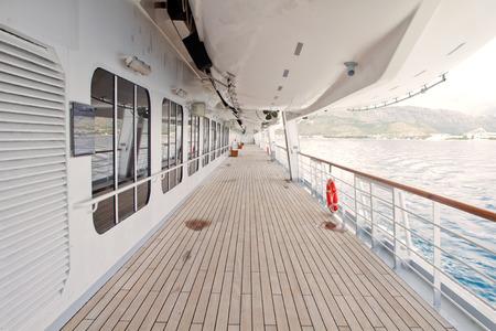luxury liner: Cruise Ship