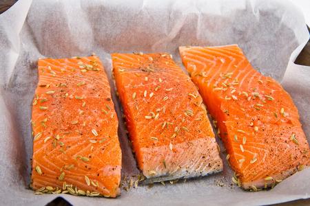 rosmarin: Fresh salmon fillet ready to cook