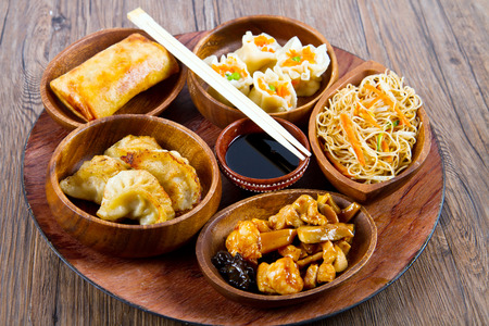 carbohydrates food: mixed chinese food