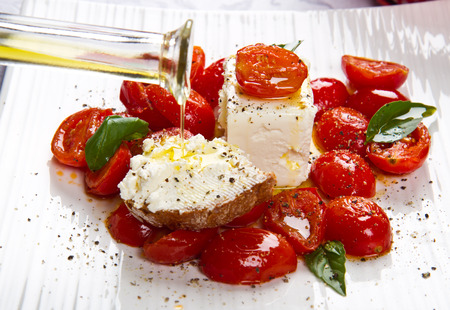 rennet: goat cheese with tomatoes