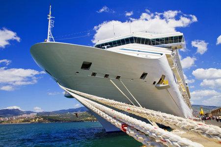 lifeboats: Cruise Ship