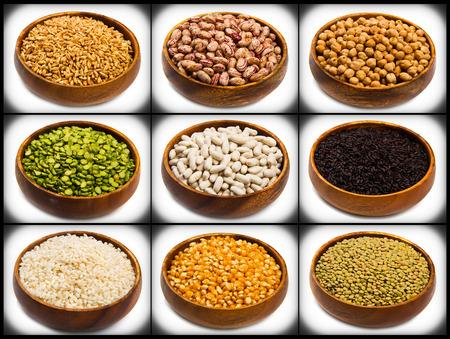 legumbres secas: collage de diferentes tipos de legumbres aislados en blanco