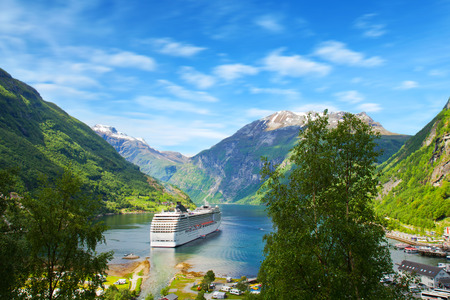 Cruise ship in  Norwegian fjords 스톡 콘텐츠