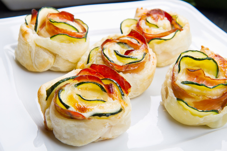 puff pastry: roses puff pastry with zucchini and bacon