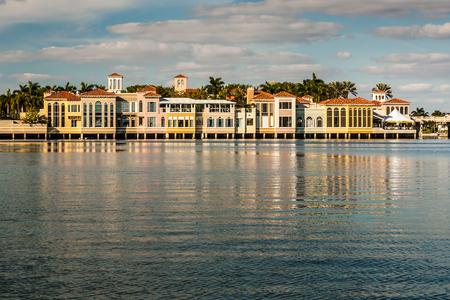 upscale: Upscale retail shops in Venetian Village on Venetian Bay in Naples Florida
