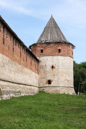 guard towers and walls of old Russian fortress in Zaraysk Stock Photo