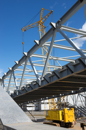 new building construction: the construction of the bridge - view of the construction site