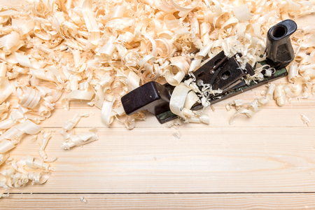 twiddle: Hand jointer and shavings on pine boards