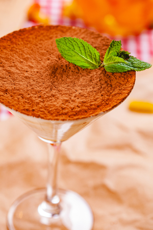 Dessert Tiramisu in portion glass. Close up Zdjęcie Seryjne