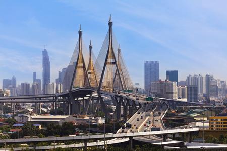 bhumibol: Traffic at Bhumibol bridge in Bangkok , Thailand.