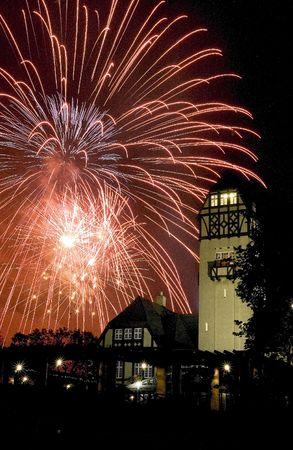 assiniboine: Fireworks at Assiniboine Park, Winnipeg Manitoba