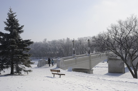 walkway over Assiniboine River, Winnipeg, Manitoba, Stock Photo - 9247038