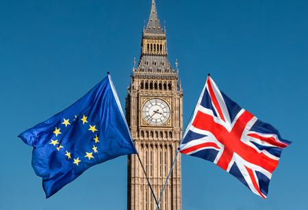 빅 벤, Brexit EU 앞의 유럽 연합 국기 스톡 콘텐츠