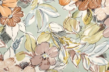 Motif floral sur tissu. fleurs brunes avec des feuilles bleues et vertes imprimer en arrière-plan. Banque d'images - 44809596