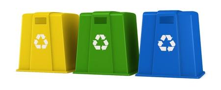 separacion de basura: tres contenedores de desechos en diferentes colores con reciclaje s�mbolo (procesamiento 3d) Foto de archivo