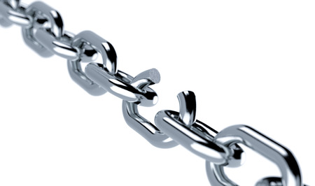 broken link: close-up di una catena di metallo con un link non funzionante, il concetto di libert� (rendering 3d) Archivio Fotografico