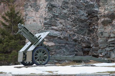seconda guerra mondiale: italiano obice ruote 7518 modello 35 utilizzato nella seconda guerra mondiale fatta da ansaldo