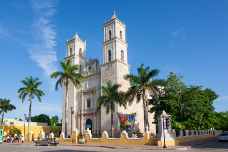Cathedral of San Ildefonso in the central square Merida capital of Yucatan Mexico 에디토리얼