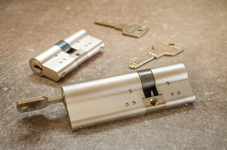 long cylinder lock with keys Banco de Imagens