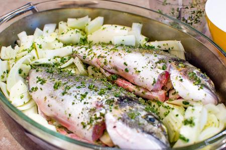 sea bream: flavor sea bream using fennel as dressing