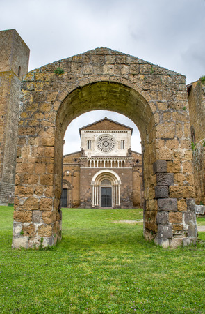 etrurian: Tuscania church arc - Viterbo - travel italy