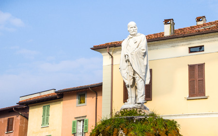 garibaldi: Iseo, Italy - February 16, 2013: the Garibaldi statue located in the main square of Iseo village.