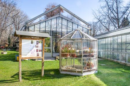 bologna: Bologna, Italy: Greenhouses botanical garden