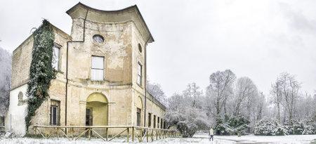 talon: Bologna, italy, December 28 2014 - old manor Villa Sampieri Talon Parco della Chiusa Casalecchio di Reno snowfall