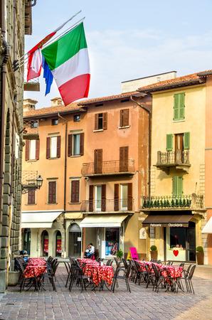 bistro: italian bistro bar exterior