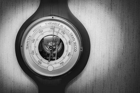 barometer: old barometer