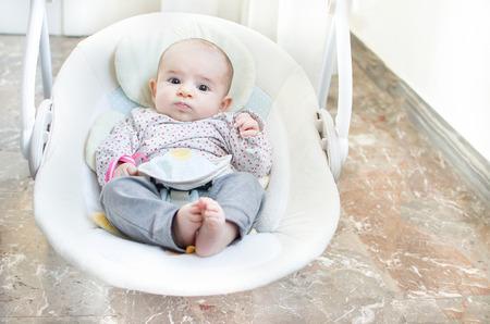 noworodka huśtawka huśtawka dziecięca automatyczna fotelik elektryczny Zdjęcie Seryjne