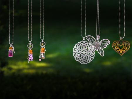 hanging pendant necklace