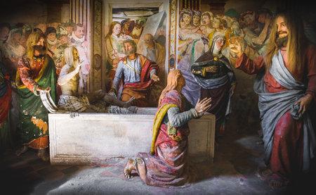 presepe: biblical scene representation (presepe)  of the Raising of Lazarus (Sacro Monte di Varallo, Piedmont, Italy, May 24 2017)