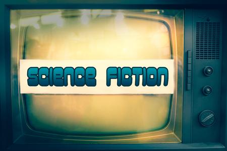 Texto de ciencia ficción en la televisión vieja Foto de archivo - 92591901